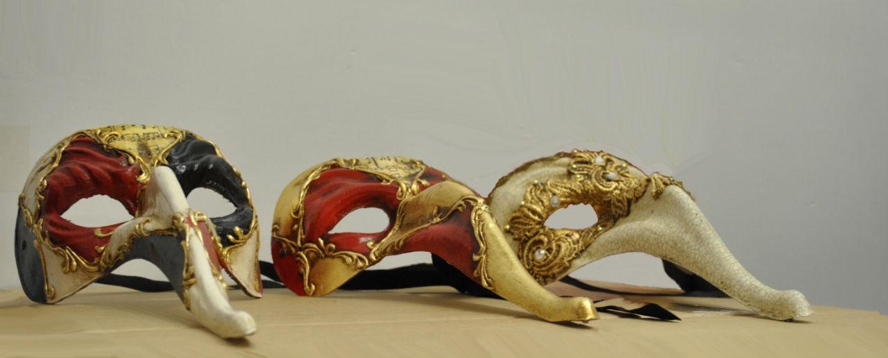 Zanni, the first mask of a servant